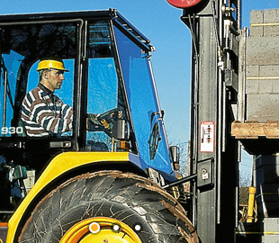 Rough-terrain-forklift-glasgow-model-jcb-930